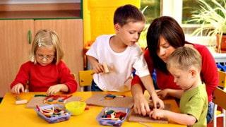 CAP Petite Enfance : Le choix de la formation à distance ? Avantages et conseils élémentaires