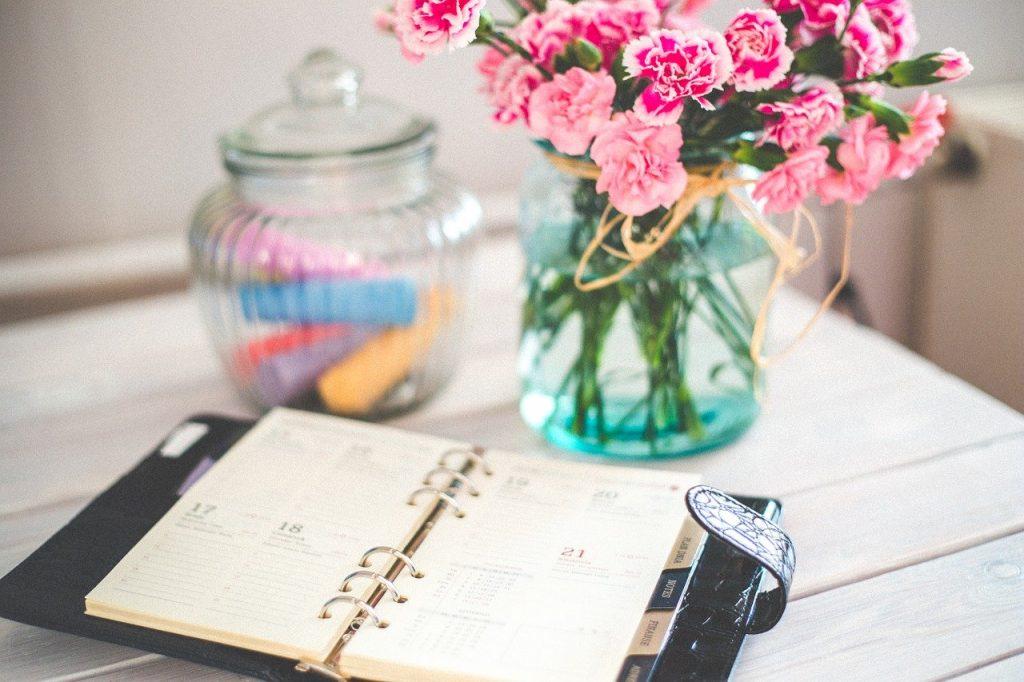 Pourquoi fournir un bloc note personnalisé entreprise à vos employés ?
